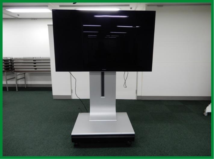 65インチTVモニター(DVDプレーヤー付き)